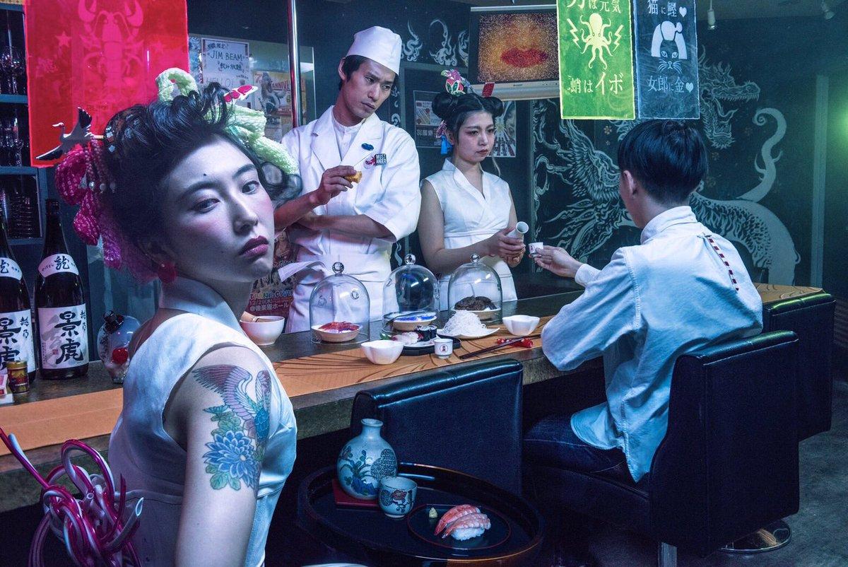 未来の寿司屋で流れている曲
