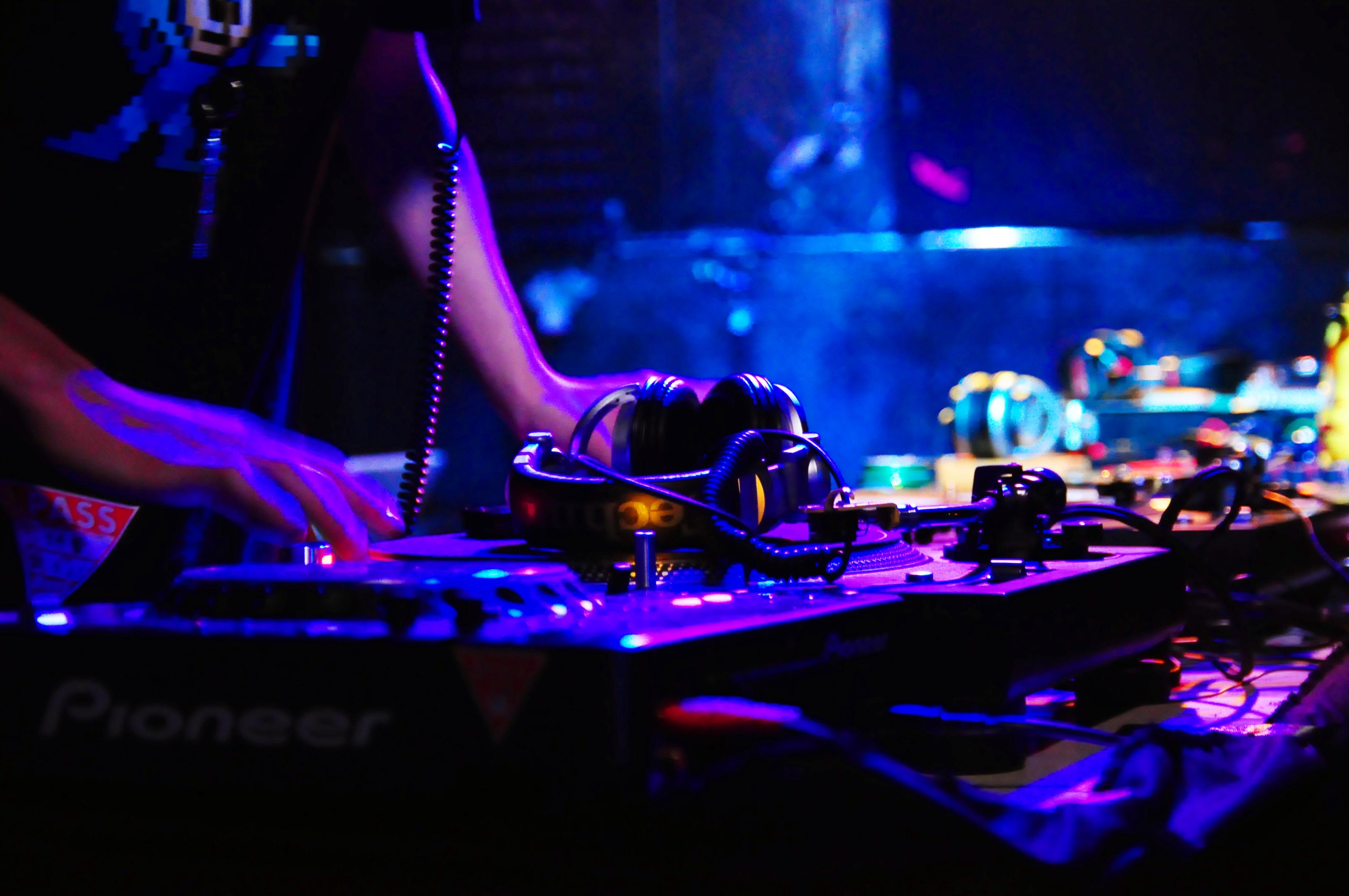 全米レコード協会(RIAA)のレポートとSpotify上場にみるクラブミュージックの生存戦略